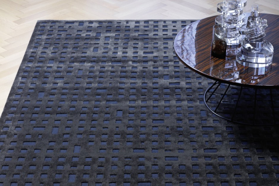 Dieser Teppich mit modernem Muster aus Wolle und Viscose nennt sich TETRIS. Diesen und andere Teppiche mit Hoch-Tief-Relief finden Sie im Saarland am Besten bei uns. Bei Rainer Scheid - textiler Wohnen werden Sie exzellent beraten.