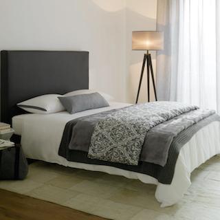 Zur Bettwäsche passende Plaids (Decken, Tagesdecken) finden Sie im Saarland in dieser Auswahl nur bei uns. Lassen Sie sich beraten.